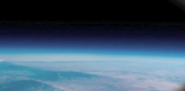video_iphone4s_in_space_0