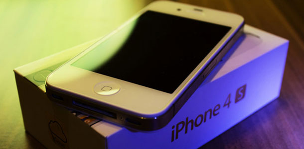 apples_smartphone_market_share_surge_continues_through_december_iphone4s_strength_0