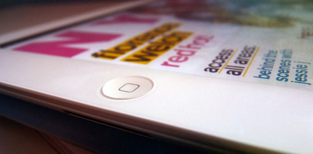 ipad3_front_glass_reveals_no_significant_changes_round_home_button_camera_sensor_holes_0