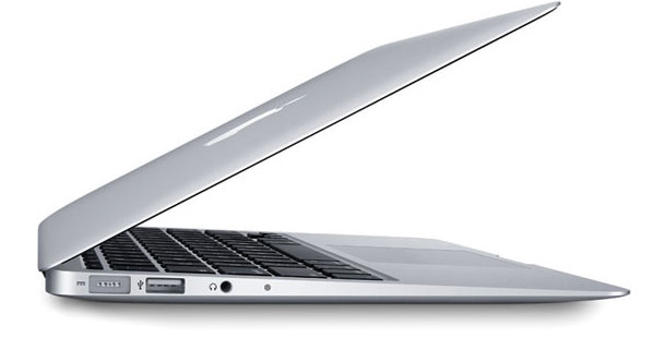 slimmer_13_15_inch_macbook_pro_reportedly_in_production_0