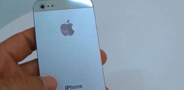 First-video-of-fully-assembled-next-gen-iPhone_1
