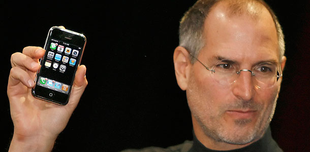 the-next-two-iphones-were-developed-under-steve-jobs-says-apples-government-liaison_0