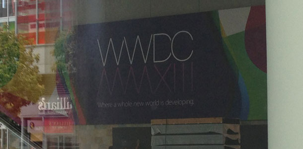 apple-starts-decorating-moscone-west-with-wwdc-2013-banners-0