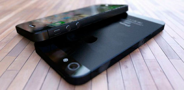 iphone-5s-production-will-reportedly-begin-later-this-month-0