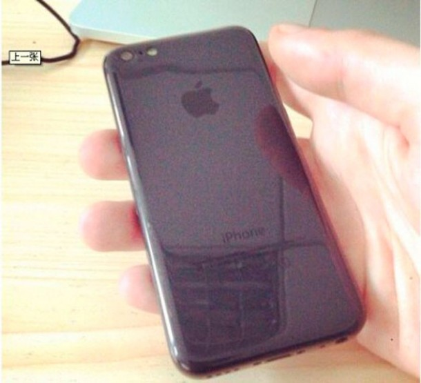 black-iphone-5c-pictured-for-the-first-time-in-leaked-photos-3