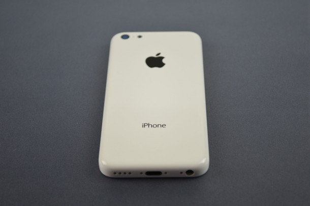 iphone-5c-leaks-again-in-highest-quality-photos-yet-4