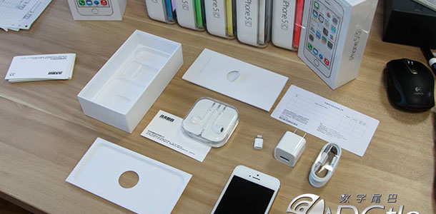 iphone-5s-5c-first-unboxing-0