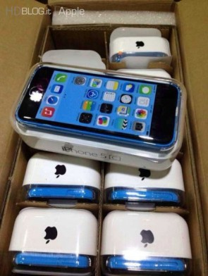 iphone-5s-5c-first-unboxing-11