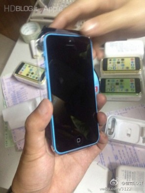 iphone-5s-5c-first-unboxing-15