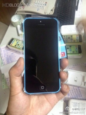 iphone-5s-5c-first-unboxing-17
