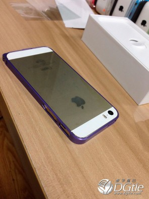 iphone-5s-5c-first-unboxing-8