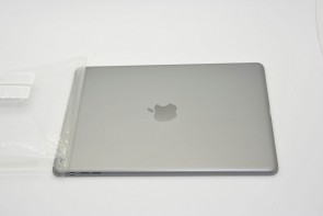 new-images-of-purported-next-gen-ipad-casing-show-space-gray-and-silver-color-options-4