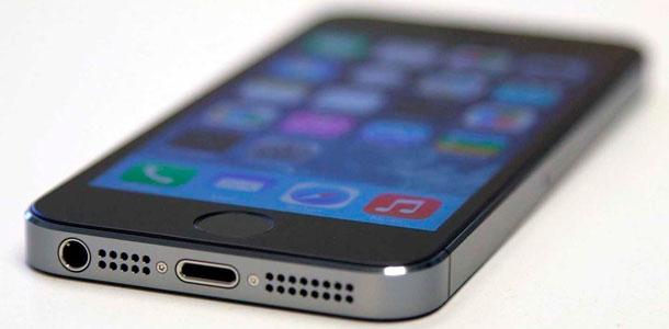 foxconn-adds-more-workers-to-assembly-lines-as-iphone-5s-supplies-continue-to-improve-0