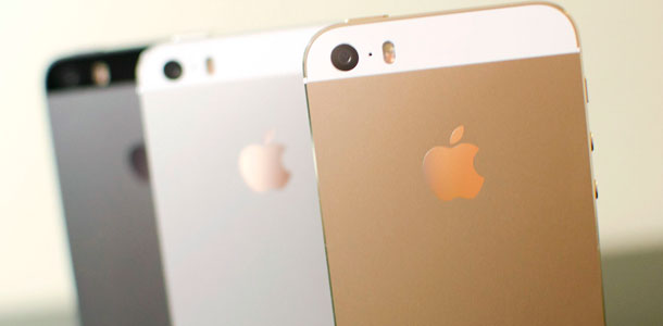 apples-iphone-5s-remains-by-far-the-top-selling-smartphone-0