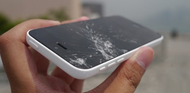 apple-to-begin-in-store-iphone-5c-screen-repairs-next-week-0