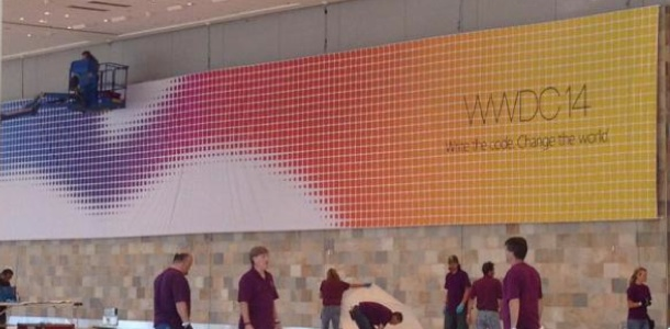 apple-starts-decorating-moscone-west-with-wwdc-2014-banners-0