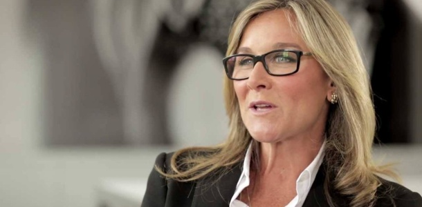 apples-new-head-of-retail-angela-ahrendts-0