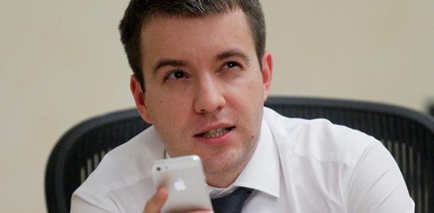minkomsvyazi-predlozhilo-apple-podelitsya-ishodnyimi-kodami-svoih-programm-0